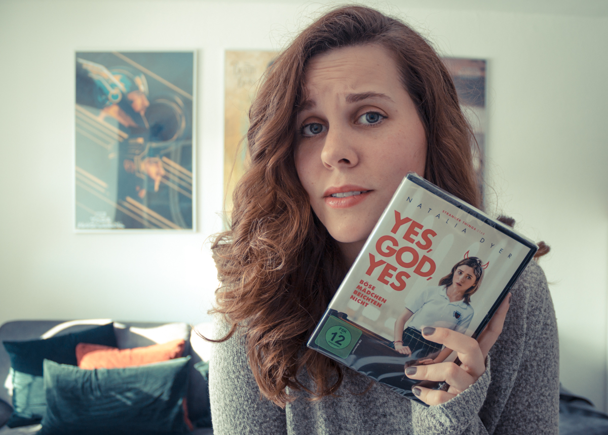 "Filmkritik zu ""Yes, God, Yes"""